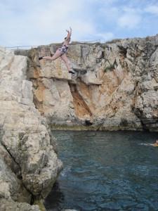Cliff Diving; Kemenjak