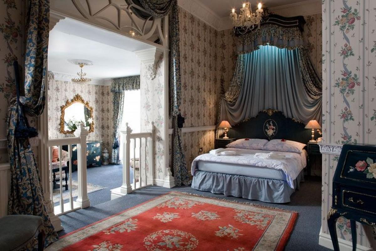 Boleslawiec Hotel Garden Hotel Room