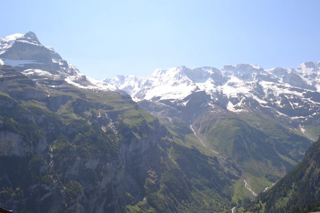 Which one should you go to? Grindelwald or wengen