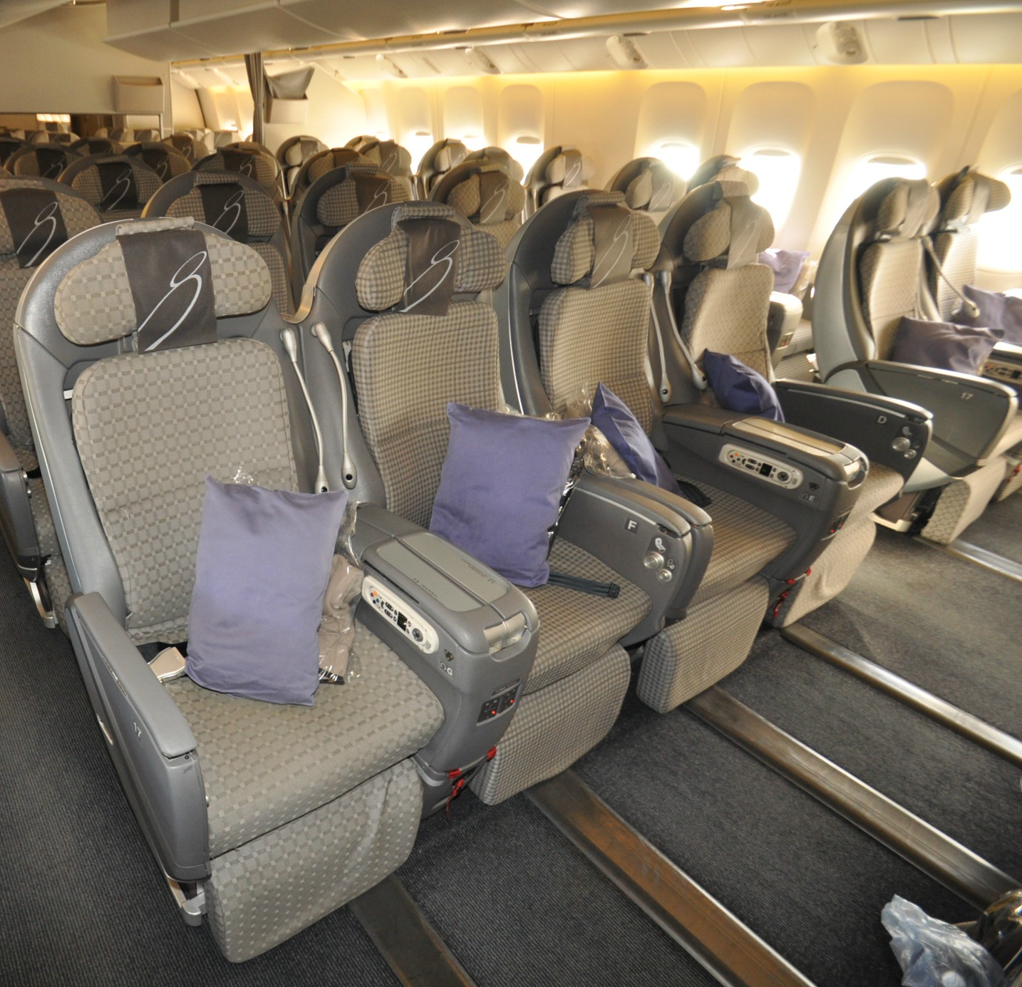Economy Plus Airplane Seating: What's the Difference?
