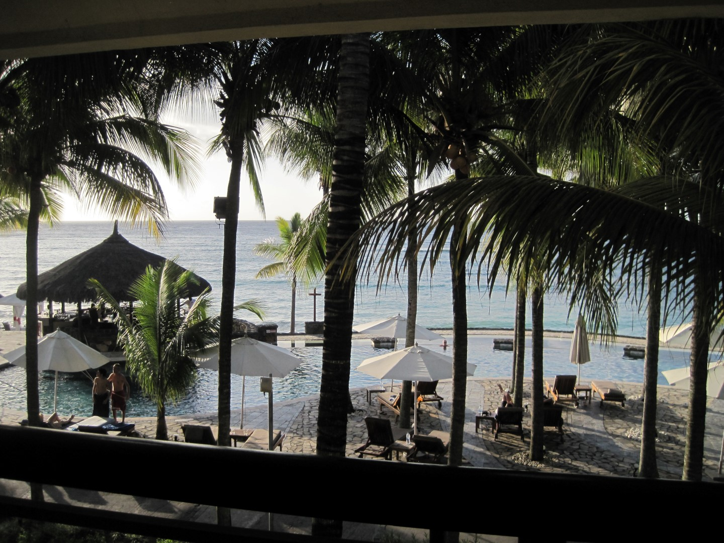 Budget Travel and Travel Hacking: The view of the Indian Ocean from our Le Meridian Room