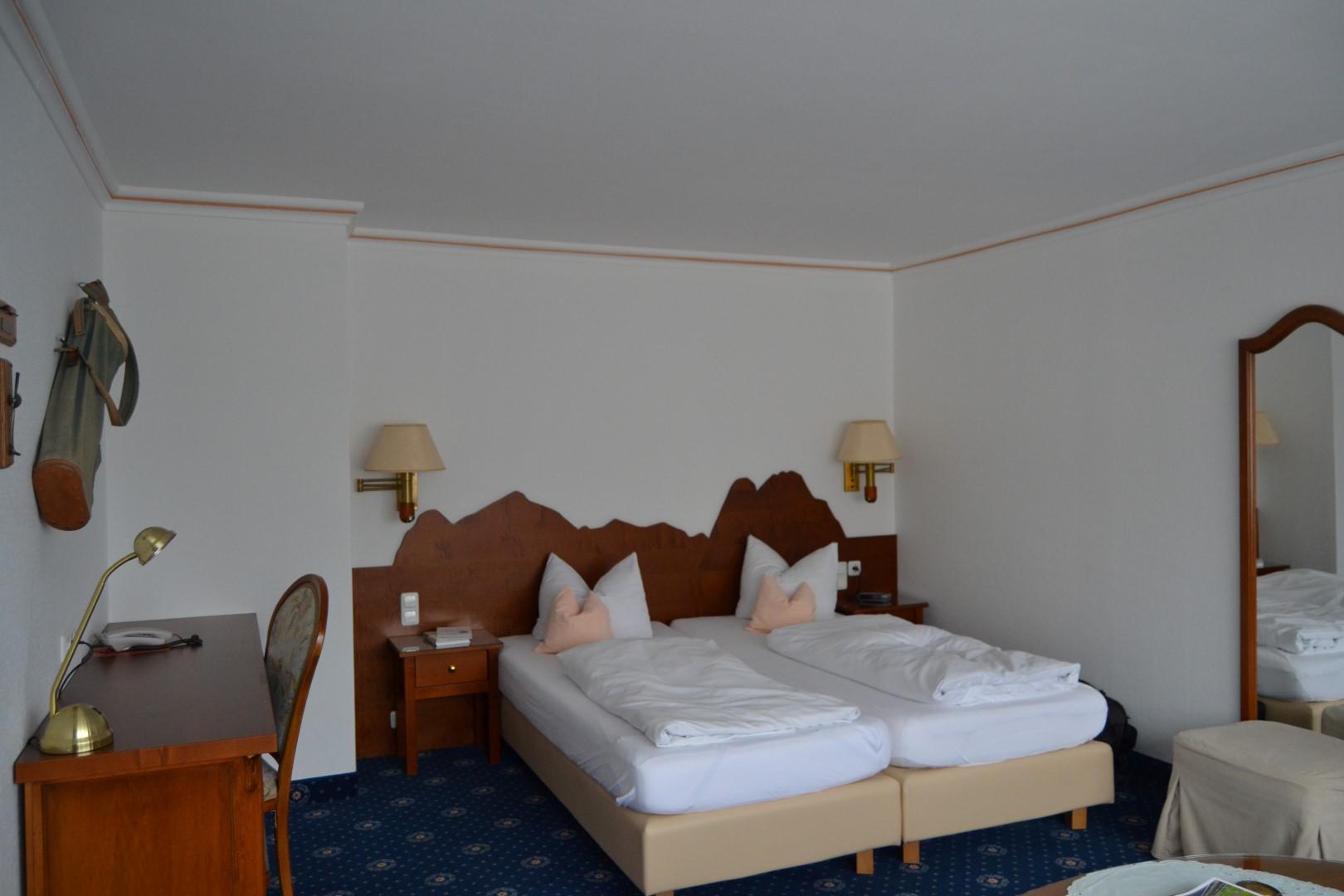 Alternatives to Edelweiss Resort in Garmisch: Rheinischer Hof