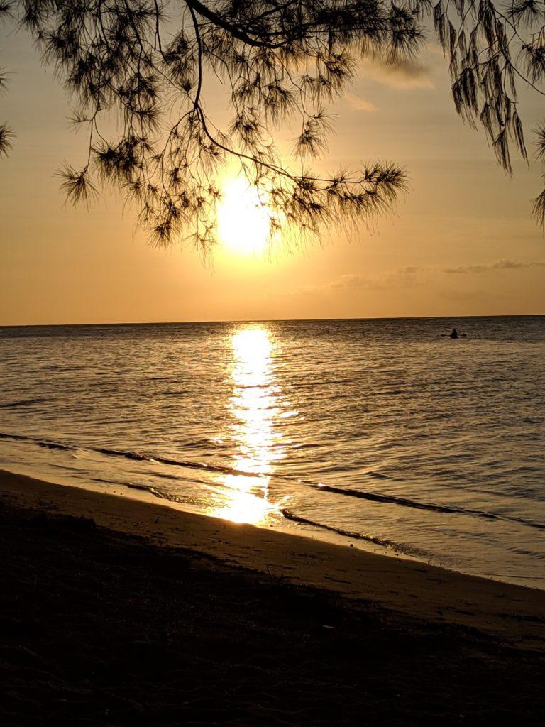 kauai travel blog showing how to do Kauai on a budget