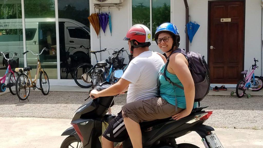 getting around thailand motorbikes